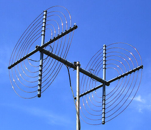 The TAK-tenna Review -Restricted and Limited Space HF Antennas - A